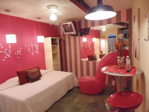 Conócenos y enamórate de nuestras suites & lofts