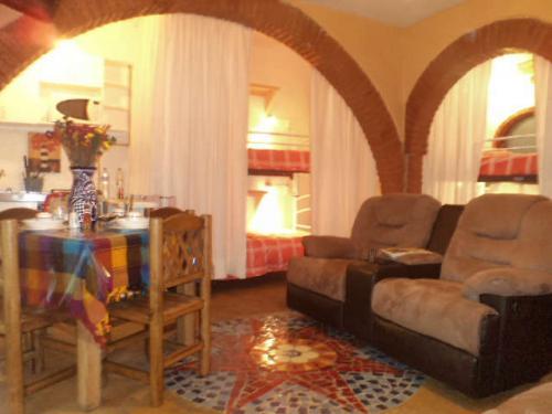 Renta Suite compartida amueblada y con todos los servicios Cerca de AV Revolucion