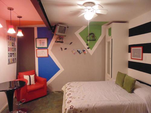 Conoce nuestras lindas suites con excelente ubicación. Moras suites