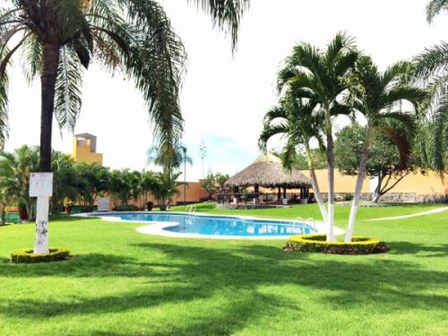 Casa ideal para descanso en bonito fraccionamiento en Las Garzas Emiliano Zapata