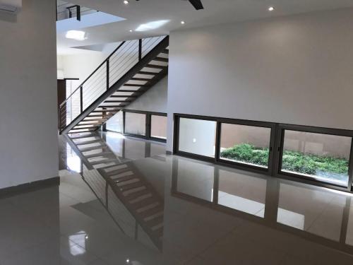 Casa En Renta En El Manantial, Zona Sur