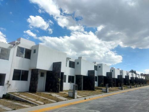Casas LAGO RESIDENCIAL