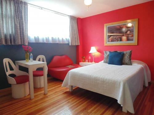 Renta de suites cerca de Coyoacán y San Angel, amuebladas y con servicios desde una noche.
