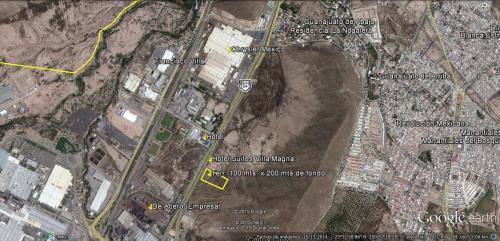 Terreno en area habitacional, comercial  y de servicios cercano al aeropuerto internacional