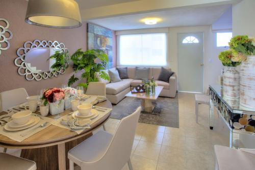 Puedes decorarlo y amueblarlo como tú quieras preciosa residencia