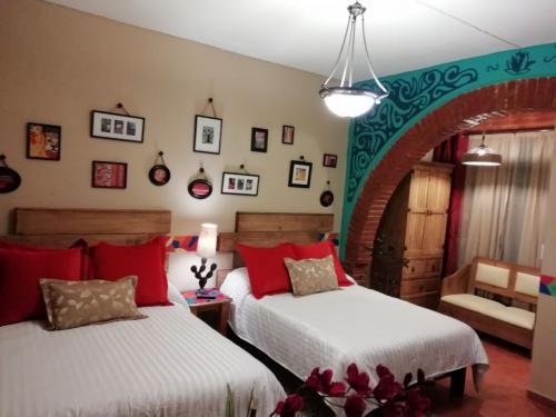 Suites totalmente amuebladas y con servicios incluidos